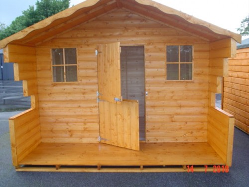 10ft x 12ft Lodge